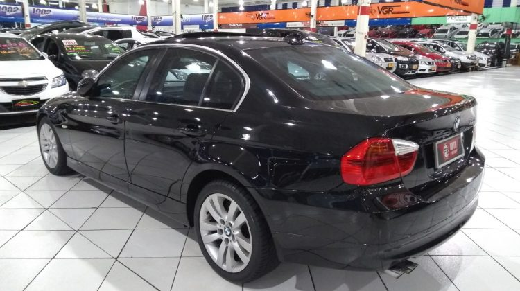 BMW 330 I BLINDADA 2006 *IMPECÁVEL*