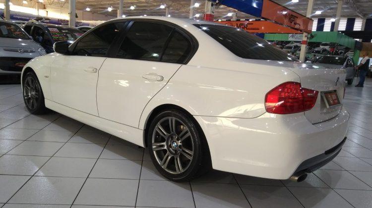 BMW 318i 2.0 2012 *ÚNICO DONO*