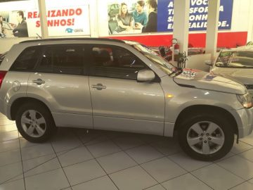 GRAND VITARA 2.0 4X4 16V GASOLINA AUTOMATICO 09/10