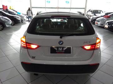 BMW X1 2.0 16V SDRIVE18I 4P 2011