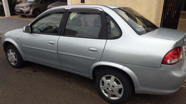 Classic Sedan 1.0 Flex 2012/12