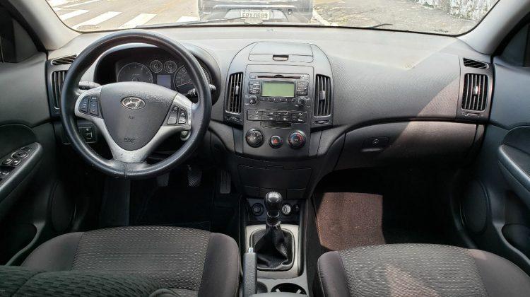 Hyundai I30 2.0 2010 gls manual.